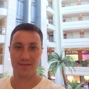 Груздев Тарас